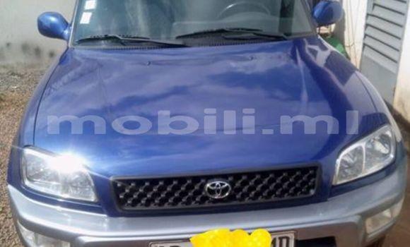 Acheter Occasions Voiture Toyota RAV4 Bleu à Bamako au Mali
