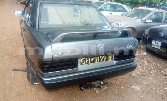 Acheter Occasions Voiture Mercedes‒Benz 190 Autre à Bamako au Mali