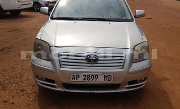 Acheter Occasions Voiture Toyota Avensis Gris à Bamako au Mali