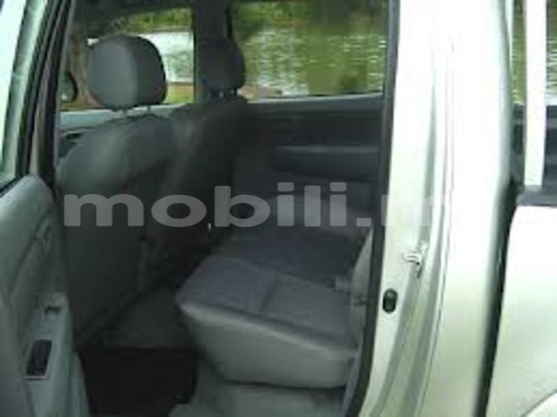 Big with watermark 25f6de1ce78e images hilux