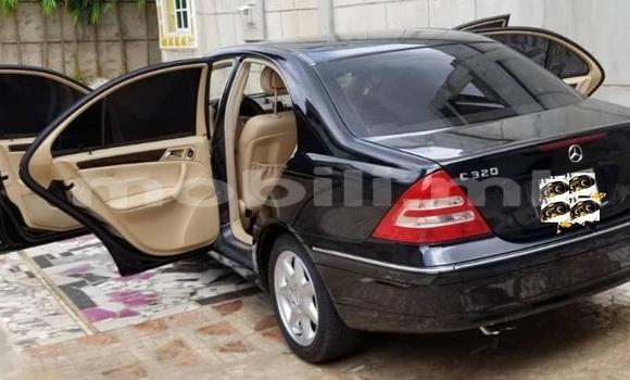Acheter Occasion Voiture Mercedes‒Benz C–Class Noir à Bafoulabé, Mali