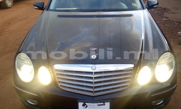 Acheter Occasion Voiture Mercedes‒Benz E–Class Noir à Bamako, Mali