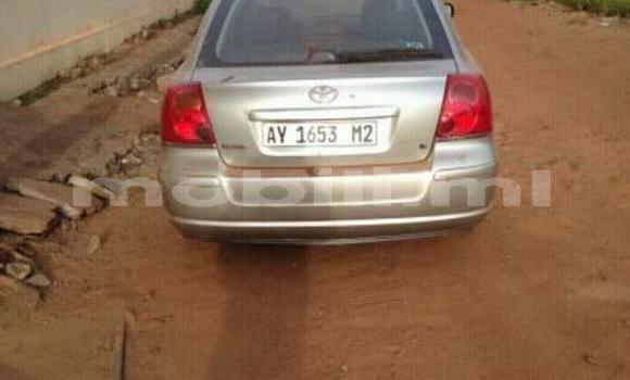 Acheter Importer Voiture Toyota Avensis Gris à Bamako, Mali