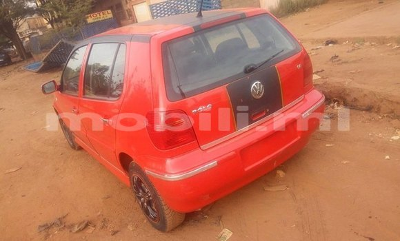 Acheter Occasion Voiture Volkswagen Golf Rouge à Bamako, Mali