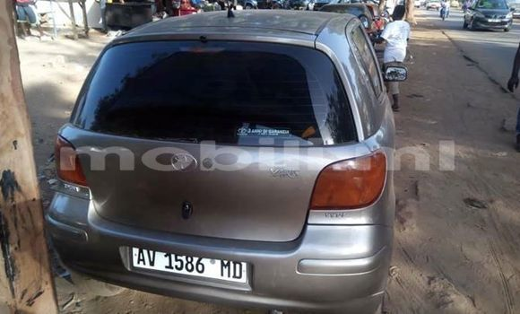Acheter Occasion Voiture Toyota Yaris Gris à Bamako, Mali