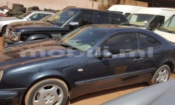 Acheter Occasions Voiture Mercedes‒Benz C–Class Bleu à Bamako au Mali