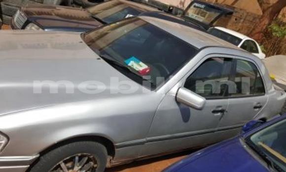 Acheter Occasions Voiture Mercedes‒Benz C-Class Gris à Bamako au Mali