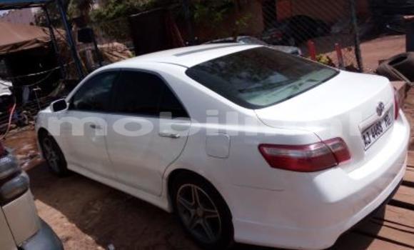 Acheter Occasion Voiture Toyota Camry Blanc à Bamako, Mali