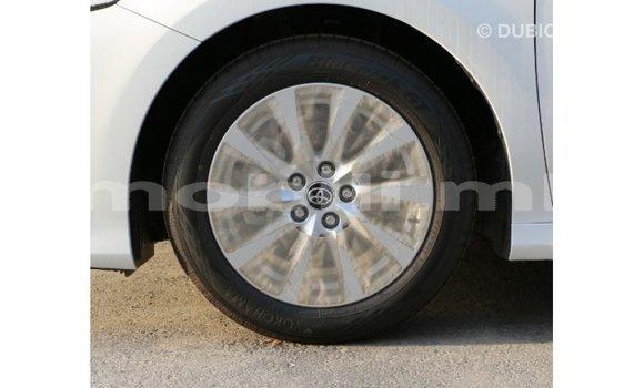 Acheter Importé Voiture Toyota Camry Blanc à Import - Dubai, Mali