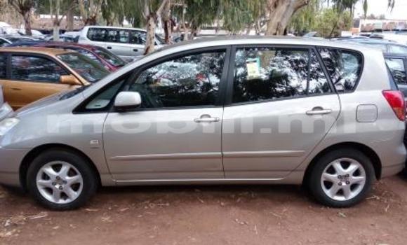 Acheter Occasion Voiture Toyota Verso Beige à Bamako au Mali