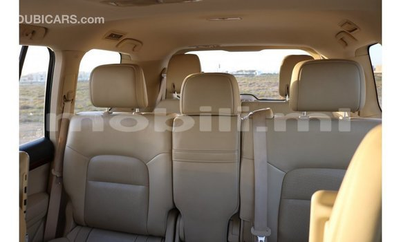 Acheter Importé Voiture Toyota IST Blanc à Import - Dubai, Mali