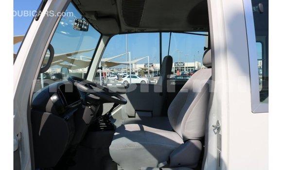 Acheter Importé Voiture Toyota Coaster Blanc à Import - Dubai, Mali