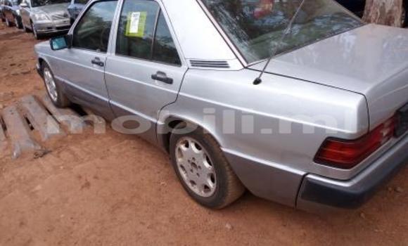 Acheter Occasions Voiture Mercedes‒Benz 190 Gris à Bamako au Mali