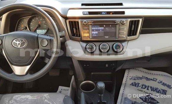 Acheter Importé Voiture Toyota RAV 4 Blanc à Import - Dubai, Mali