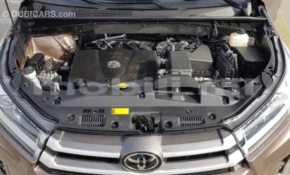 Acheter Importé Voiture Toyota Highlander Marron à Import - Dubai, Mali