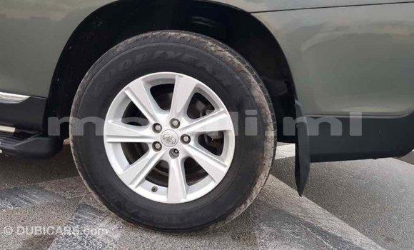 Acheter Importé Voiture Toyota Highlander Vert à Import - Dubai, Mali