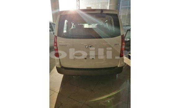 Acheter Importé Voiture Hyundai Accent Blanc à Import - Dubai, Mali