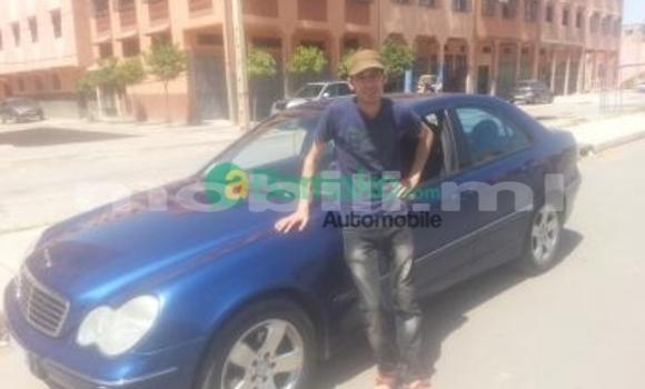 Acheter Occasions Voiture Mercedes‒Benz C-Class Bleu à Bamako au Mali