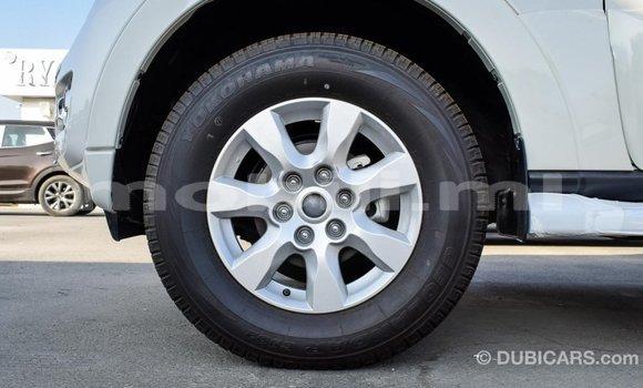 Acheter Importé Voiture Mitsubishi Pajero Blanc à Import - Dubai, Mali