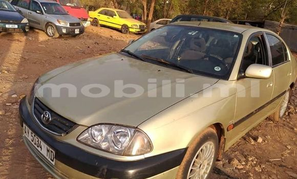 Acheter Occasion Voiture Toyota Avensis Beige à Bamako, Mali