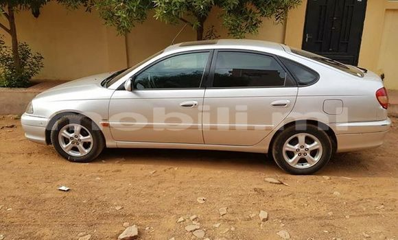 Acheter Occasion Voiture Toyota Avensis Gris à Bamako, Mali