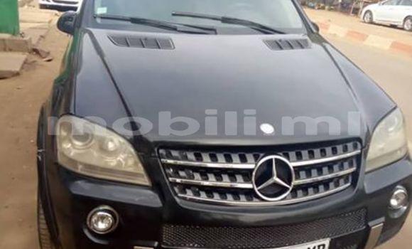 Sayi Na hannu Mercedes-Benz ML–Class Black Mota in Bamako a Mali