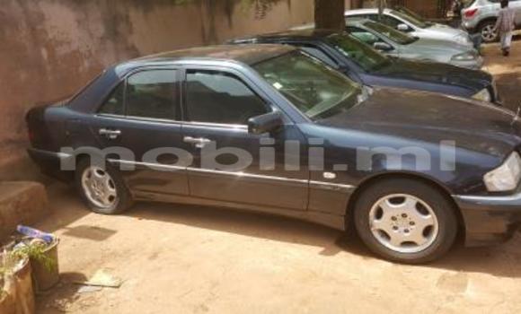 Acheter Occasion Voiture Mercedes‒Benz 200 Noir à Bamako au Mali