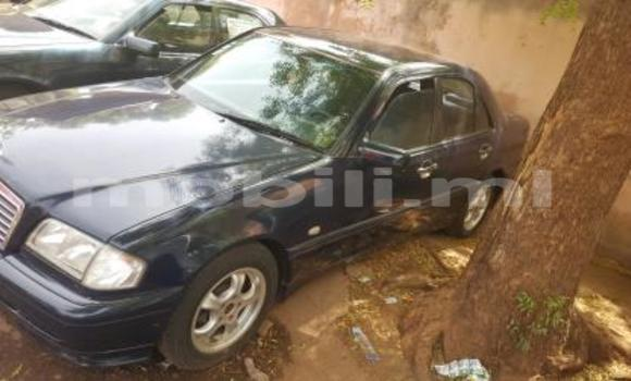 Acheter Occasions Voiture Mercedes‒Benz 200 Bleu à Bamako au Mali