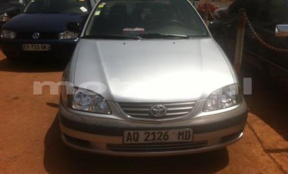 Acheter Occasion Voiture Toyota Avensis Blanc à Bamako au Mali