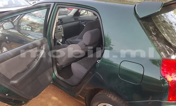 Acheter Occasions Voiture Toyota Corolla Vert à Bamako au Mali