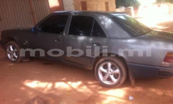 Acheter Occasion Voiture Mercedes‒Benz 250 Noir à Kati au Mali