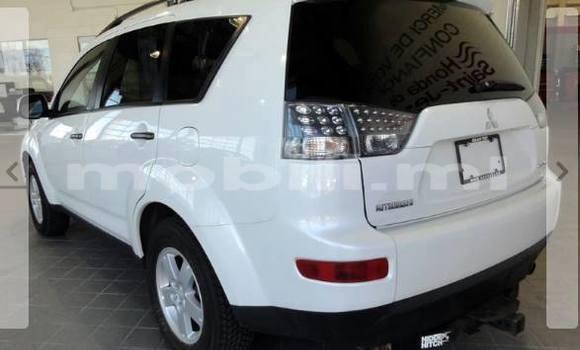 Acheter Neuf Voiture Mitsubishi Outlander Noir à Bamako au Mali