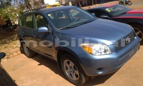 Acheter Occasion Voiture Toyota RAV4 Bleu à Bamako, Mali