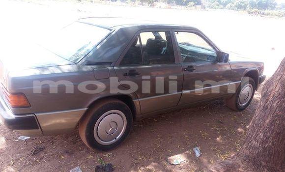 Acheter Occasion Voiture Mercedes‒Benz 190 Noir à Bamako, Mali