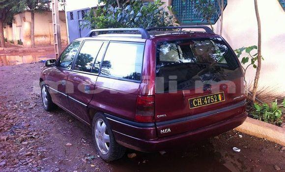 Acheter Occasion Voiture Opel Astra Noir à Bamako au Mali