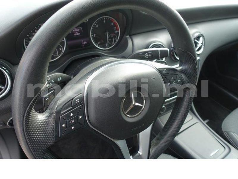 Big with watermark mercedes benz a%e2%80%93class tombouctou araouane 5915