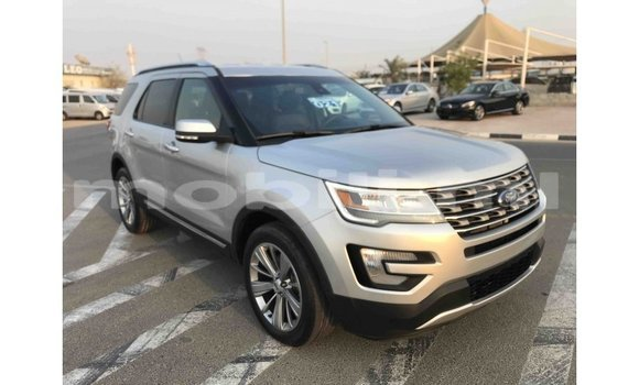 Medium with watermark ford explorer mali import dubai 5938
