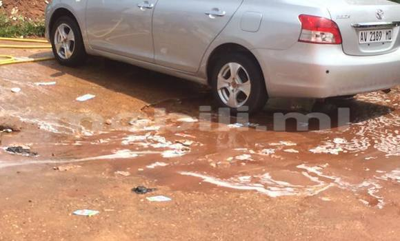 Acheter Occasion Voiture Toyota bB Noir à Bamako, Mali