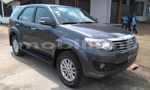 Medium with watermark toyota fortuner mali bamako 6018