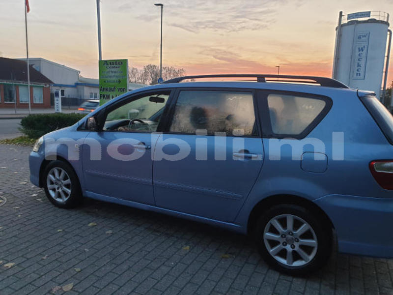 Big with watermark toyota avensis verso tombouctou araouane 6077