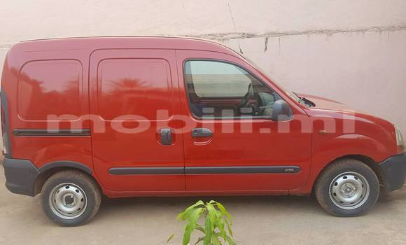 Acheter Occasion Voiture Renault Kangoo Rouge à Bamako, Mali