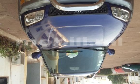 Acheter Occasion Voiture Toyota RAV4 Bleu à Bamako au Mali
