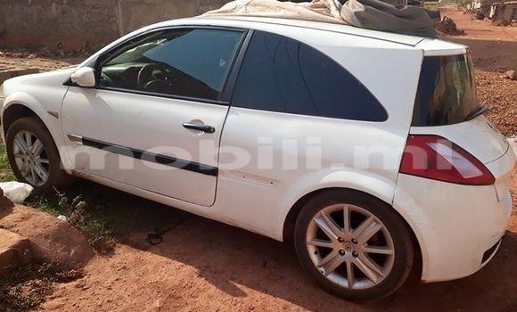 Acheter Occasion Voiture Renault Megane Blanc à Bamako au Mali