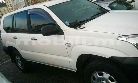 Acheter Occasions Voiture Toyota Prado Blanc à Bamako au Mali