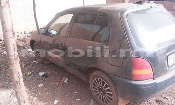 Acheter Occasions Voiture Toyota Starlet Noir à Bamako au Mali
