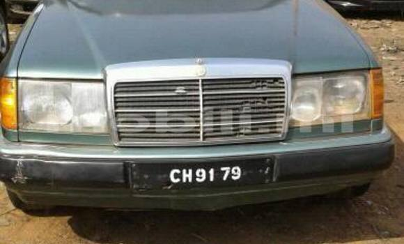Acheter Occasion Voiture Mercedes‒Benz 300CD Autre à Bamako au Mali