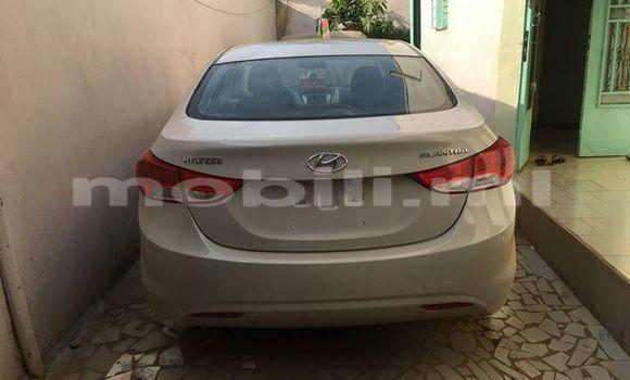 Acheter Occasion Voiture Hyundai Elantra Gris à Bamako, Mali