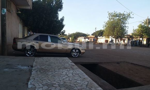 Acheter Occasion Voiture Mercedes‒Benz C-Class Autre à Bamako au Mali