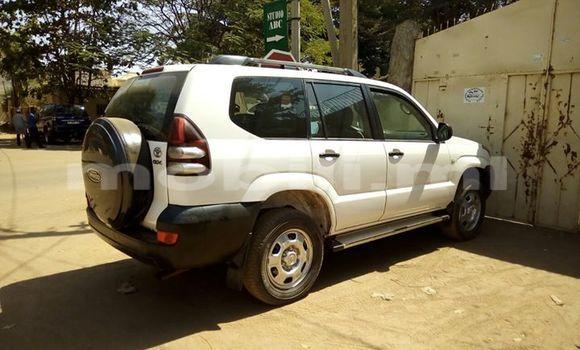 Acheter Occasion Voiture Toyota Land Cruiser Prado Blanc à Bamako au Mali