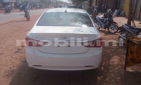 Acheter Occasion Voiture Hyundai Sonata Blanc à Bamako, Mali